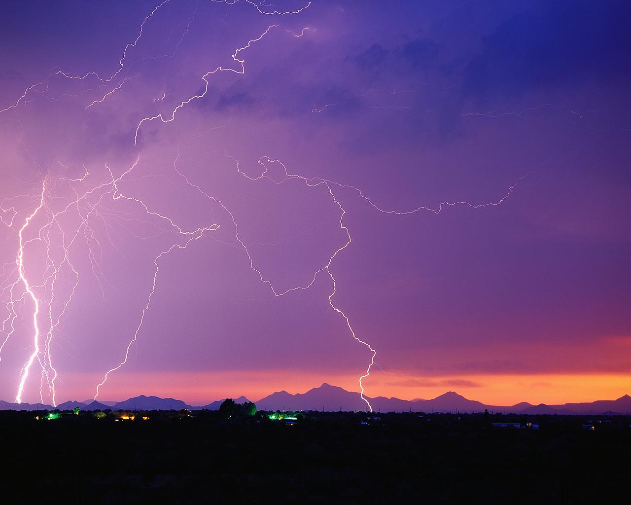 Protezione contro le scariche atmosferiche: La nuova norma CEI EN 62305-2