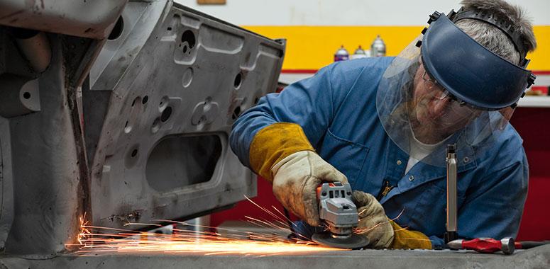 I principali rischi dell'addetto alla molatura metalli
